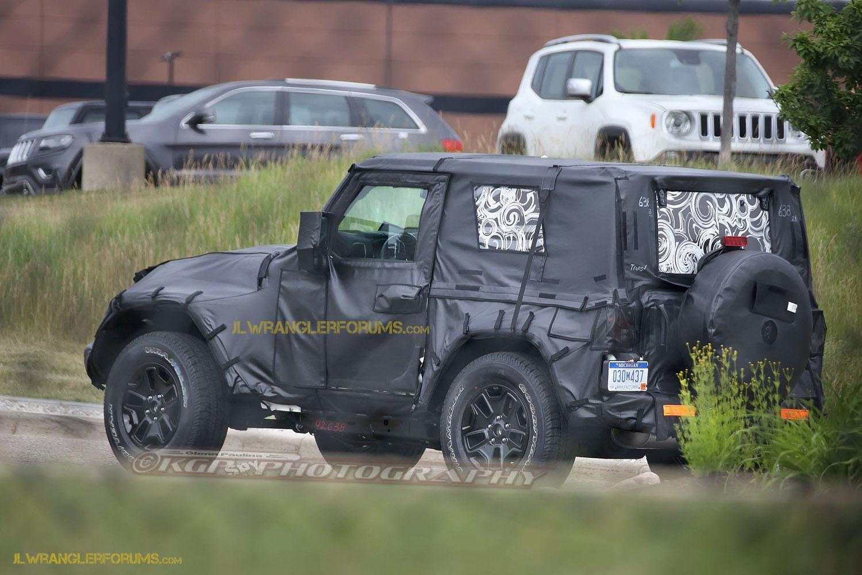 nel 2017 ci sarà una nuova Wrangler?! New-2018-jeep-wrangler-jl-g02-kgp-ed