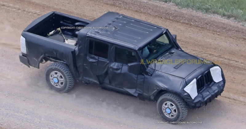 2019 Jeep Wrangler Pickup Truck Front 3/4
