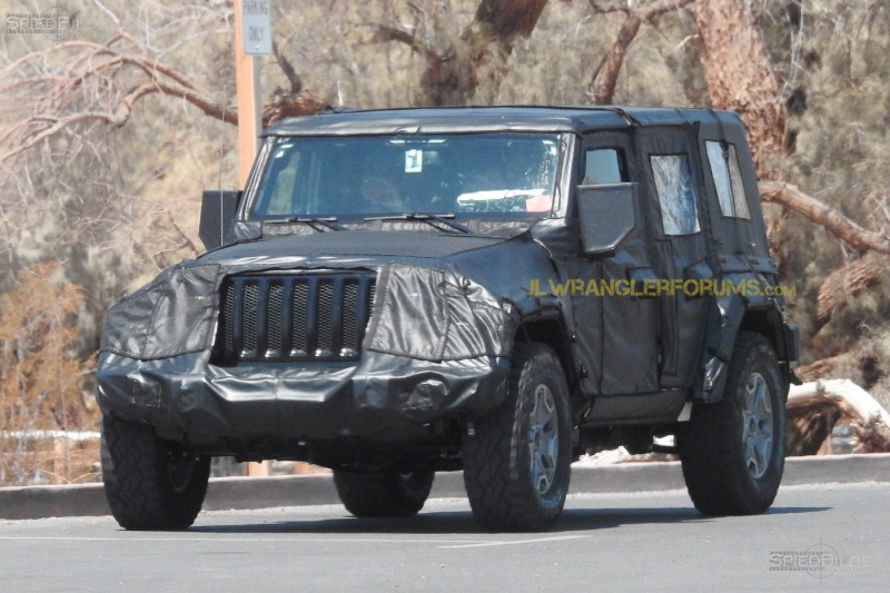 2018 JL Jeep Wrangler Grille Spy Photos