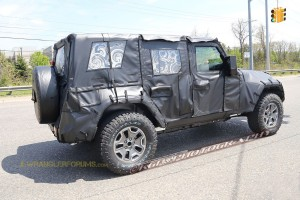 2018 Wrangler rear window