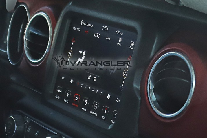 2018 Wrangler Infotainment Center