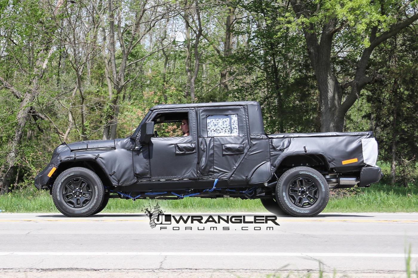 2019 JT Wrangler Truck Side Shot Longer Truck Bed
